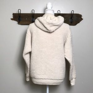 American Eagle Outfitters Tops - American Eagle Teddy Sweatshirt Hoodie small